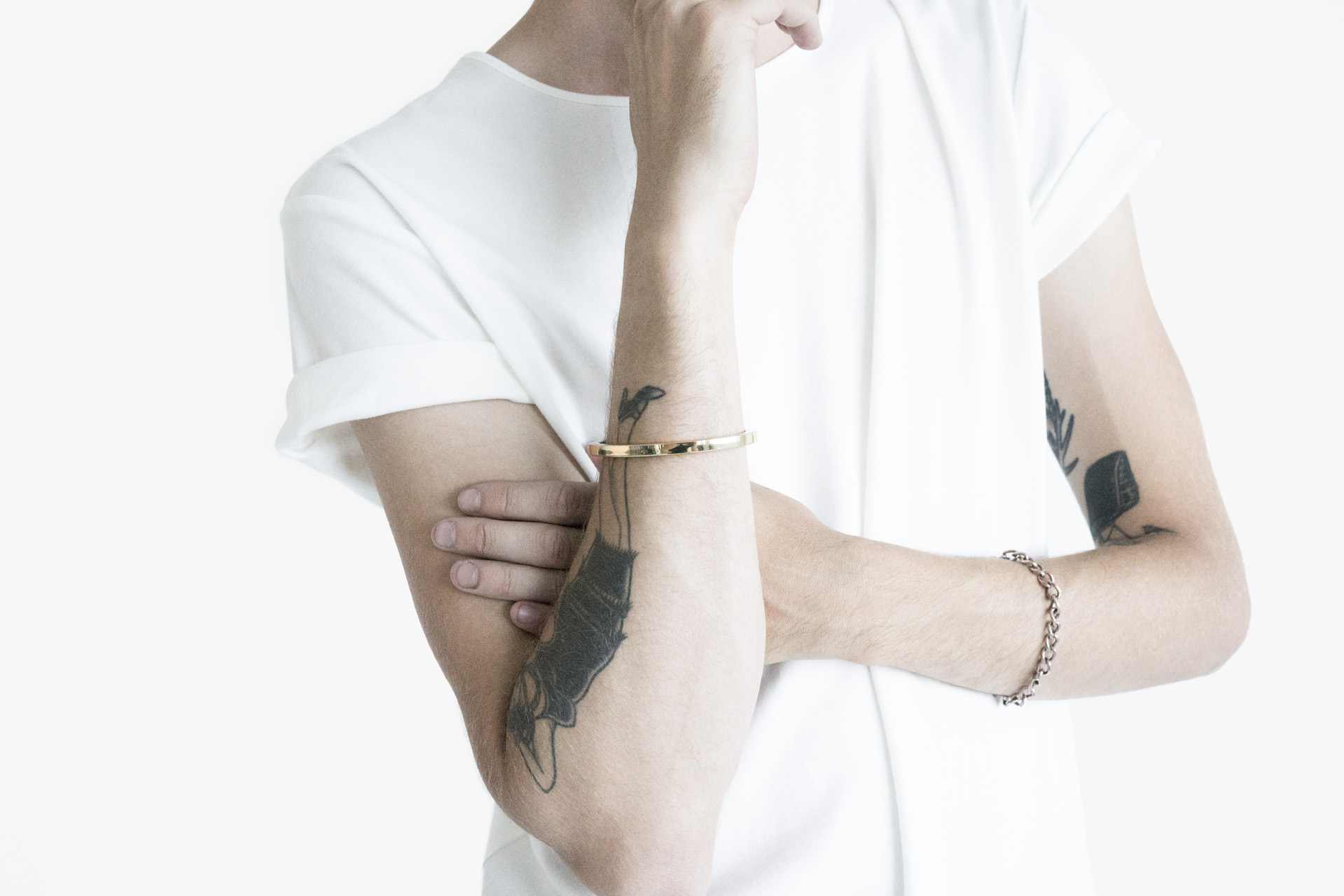 Cuff, white, cotton, tee, detail, gold, aesthetics, premium
